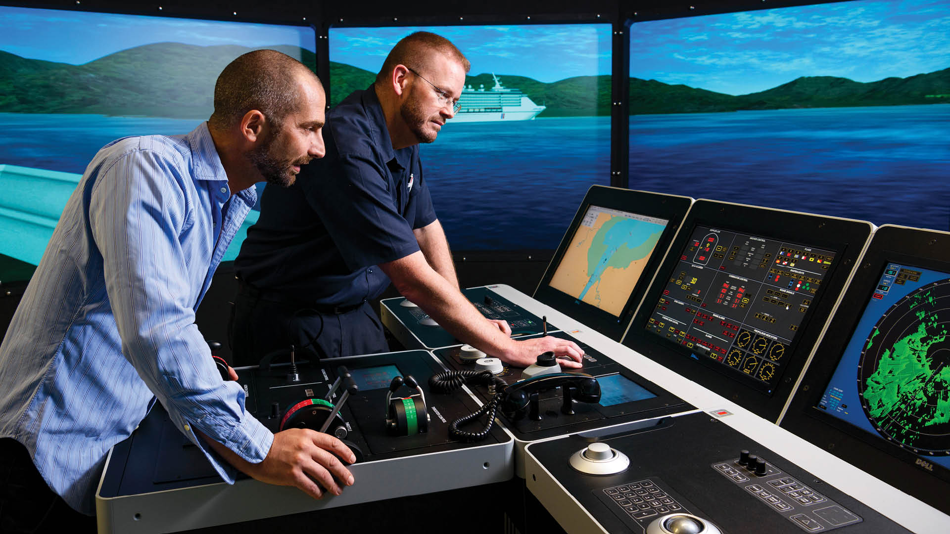 facilities-hero-maritime-gbrimc-b-simulator-feature.jpg