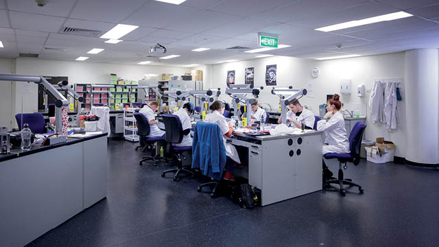 tafe queensland dental laboratory training space