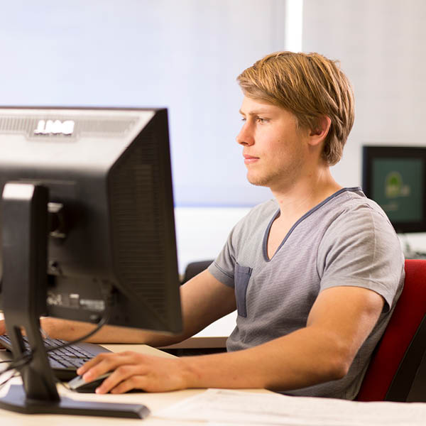 Study software and website development at tafe queensland