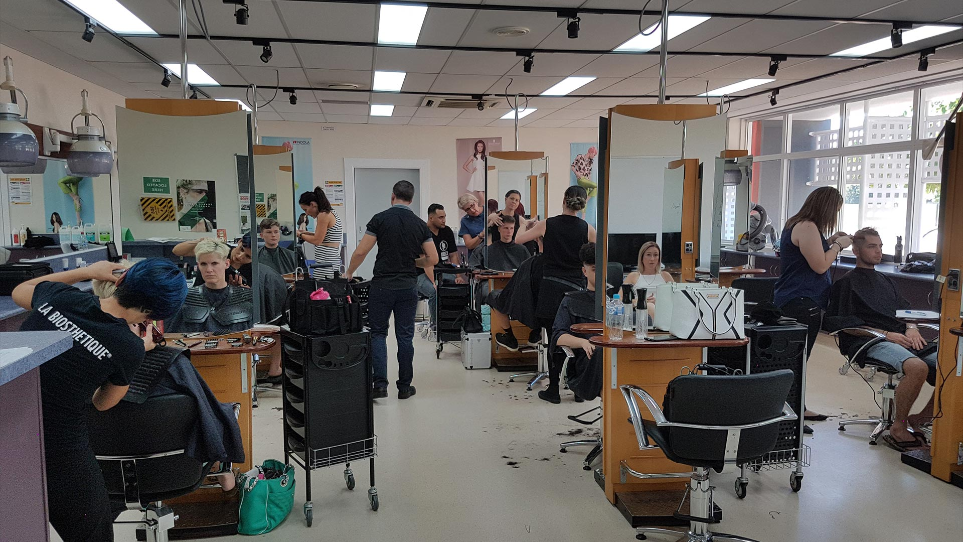 cairns-facilities-beauty-and-hairdressing-hairdressing-salons-01.jpg