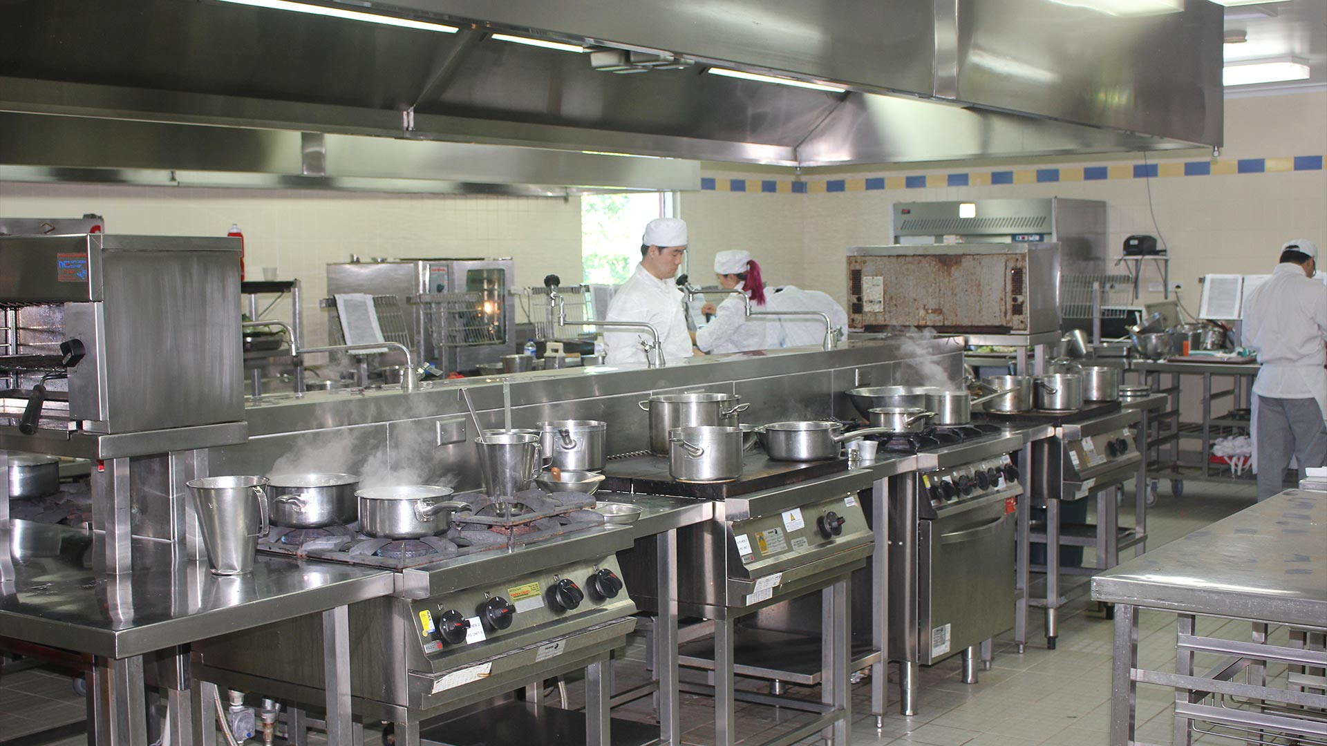 cairns-facilities-hospitality-hubs-commericial-kitchens-01.jpg