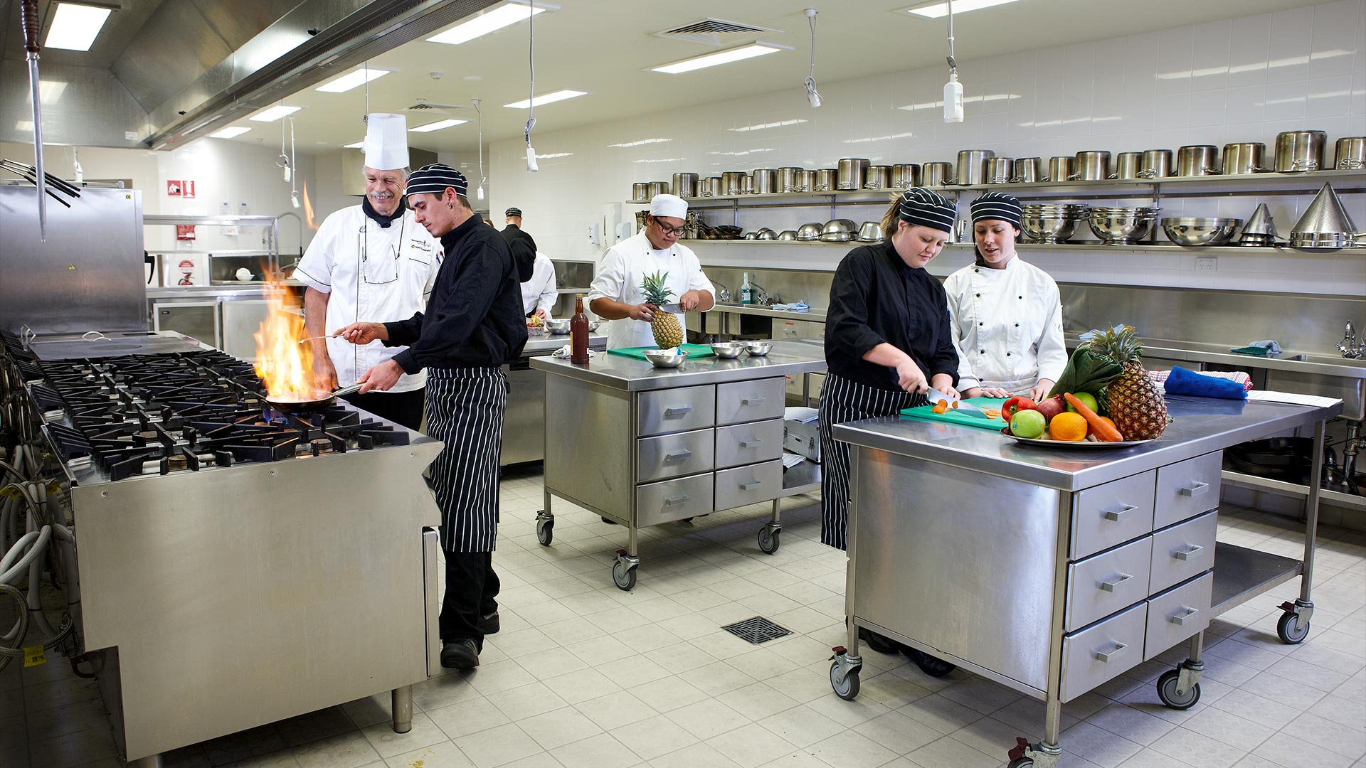 loganlea-facilities-hospitality-hubs-commericial-kitchens-01.jpg
