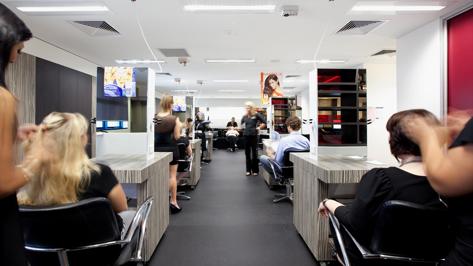 south-bank-facilities-beauty-and-hairdressing-hairdressing-salons-01.jpg