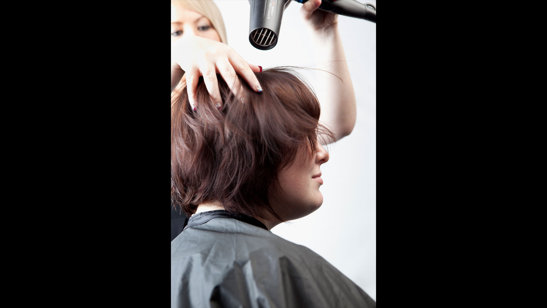 south-bank-facilities-beauty-and-hairdressing-hairdressing-salons-02.jpg